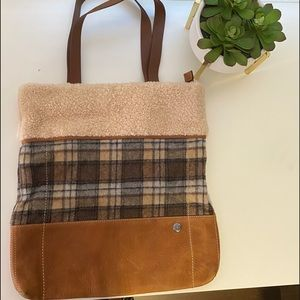 UGG Mixed Cameron Tote Flannel and Shearling gorg